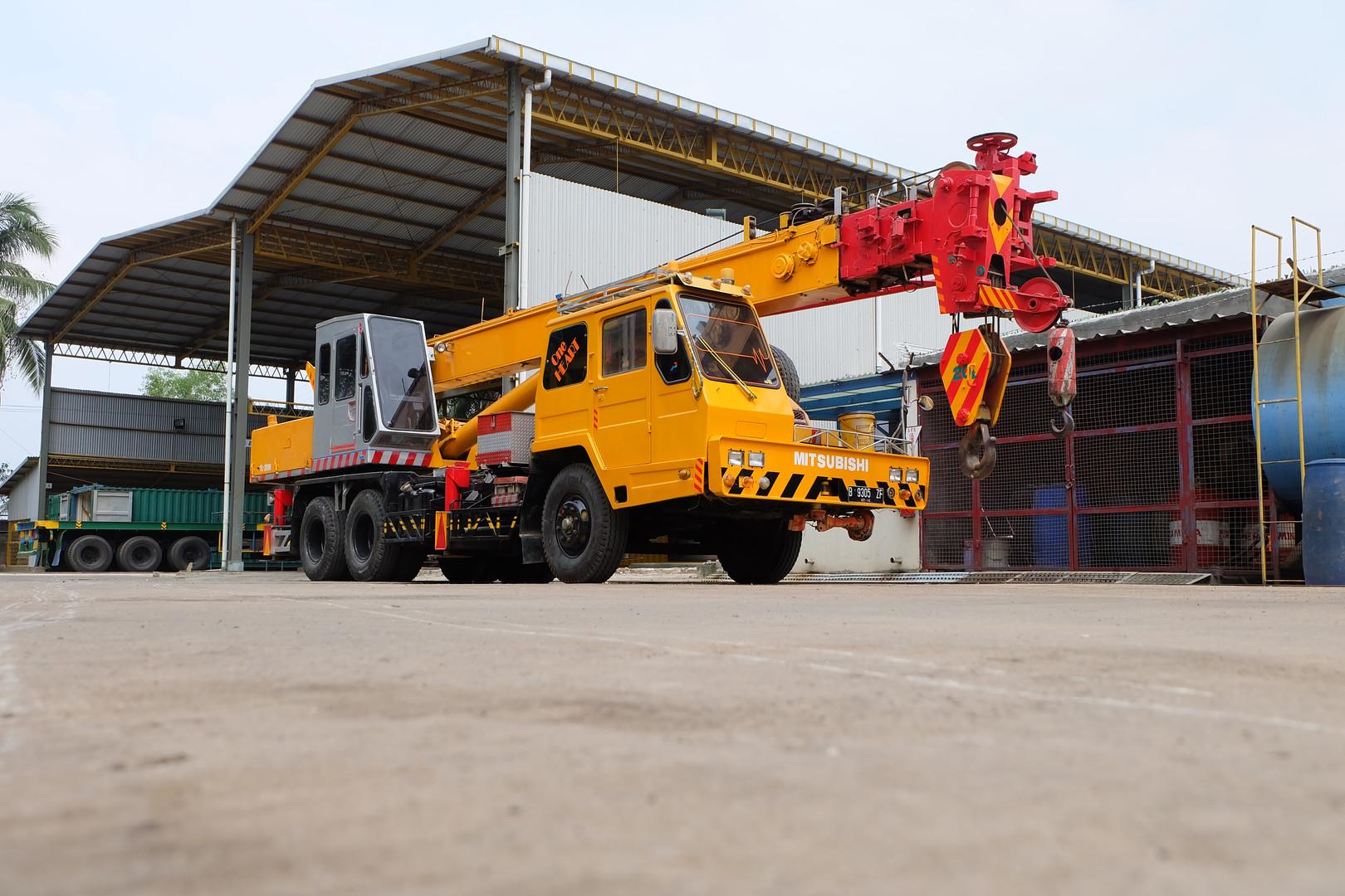 Mobile Crane.JPG
