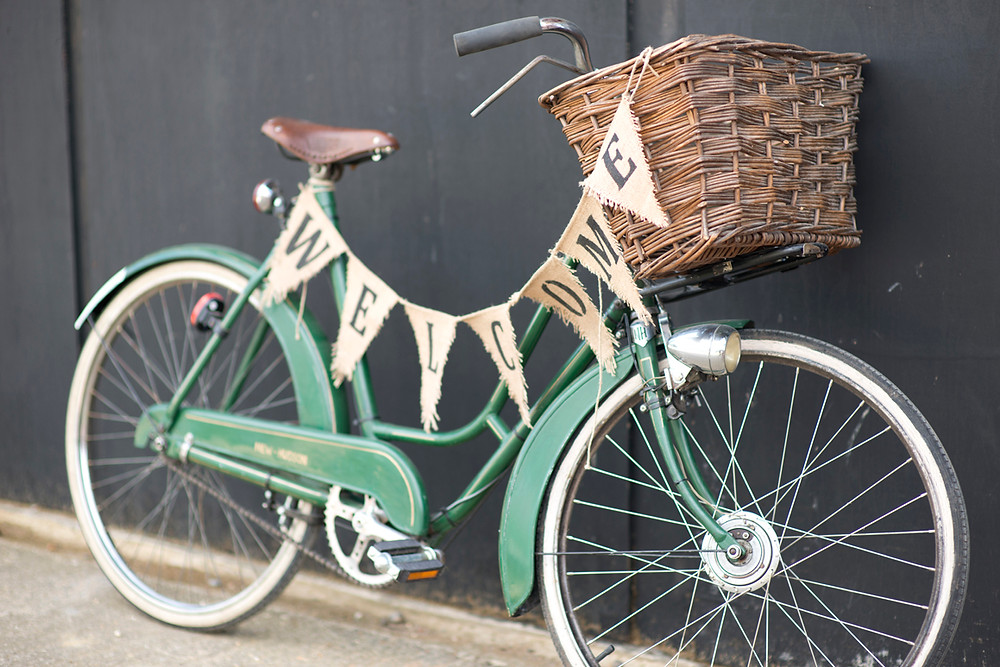 2 Vintage Style Hire - Green 1950s Bicycle.JPG