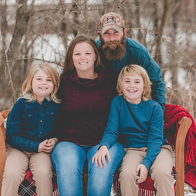 Estes Holiday Session