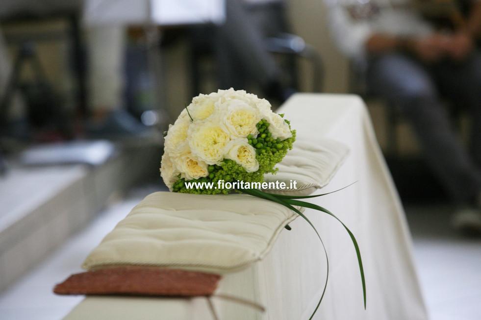 bouquet sposa con nome.jpg