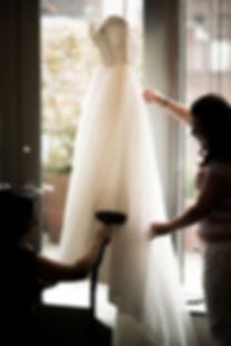 Bridl gown steaming, formal gown steamig, blush bridal an formlwear, wedding owns, bluffton, hilton head, savannah