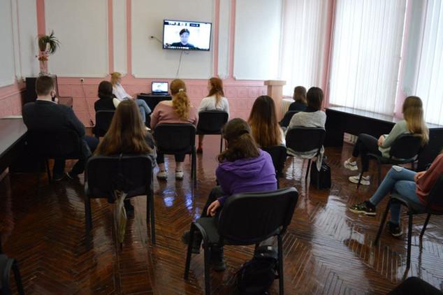 Лідери Міського учнівського парламенту прийняли участь у Zoom-конференції «Можливості молоді»