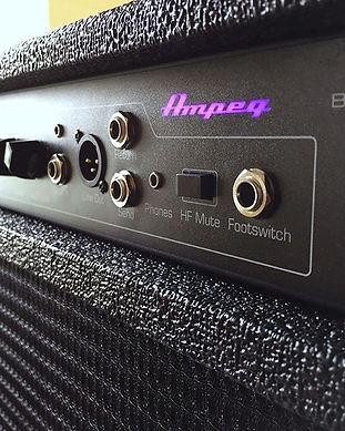 Ampeg-BA115v2-Combo-Bass-Amplifier-Revie
