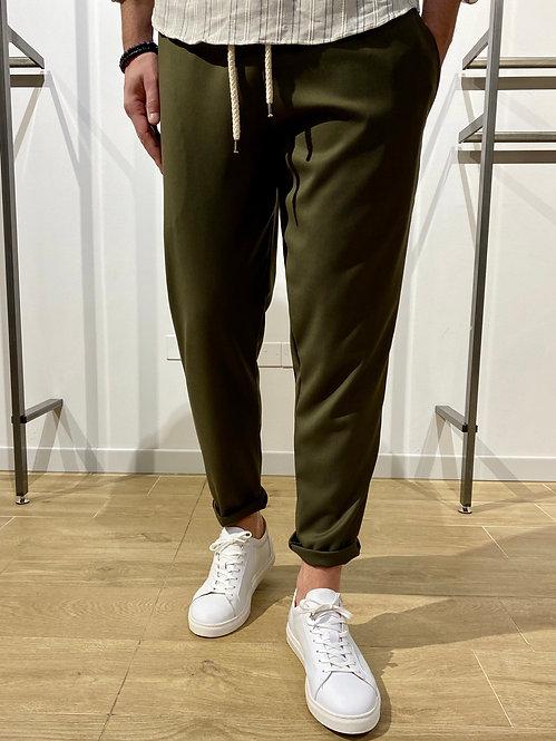 Pantalone con corda verde