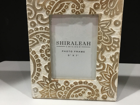 Paisley picture frame