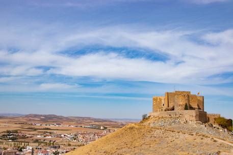 castillo consuegra.jpg