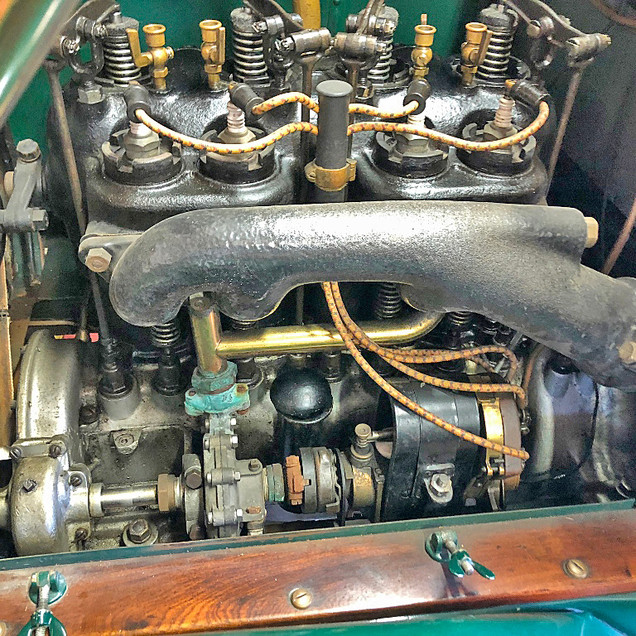 1912 Chalmers Touring Engine