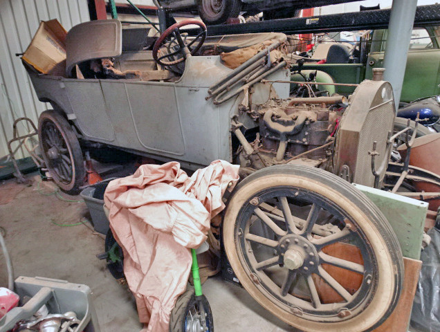 1913 Chalmers 36