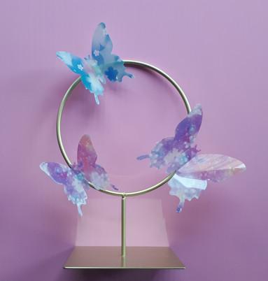 Wedding floral hoop centrepiece