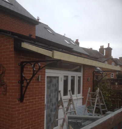 Heavy duty brackets for roof support