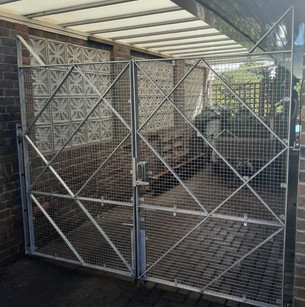 Stainless steel geometric gates