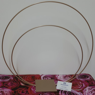 Double hoop table centrepiece