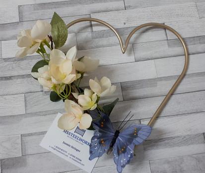 Heart of gold (wedding idea)