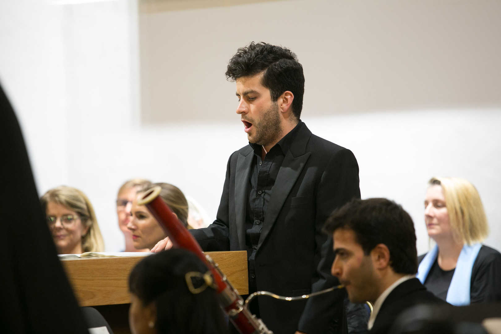 Tenor David de Winter performing Bach's Ascension Oratorio with Doha Baroque Ensemble