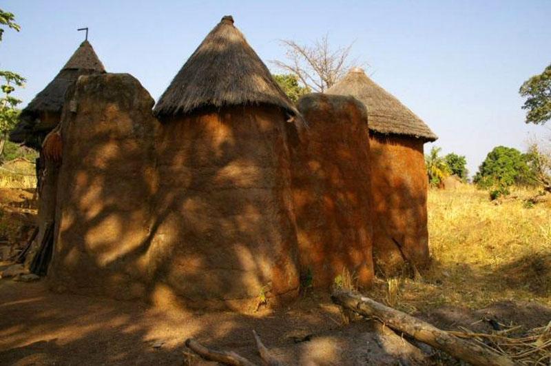 Benin Tata somba 0 (submitted by Kamirou Lafia Yarou).jpg