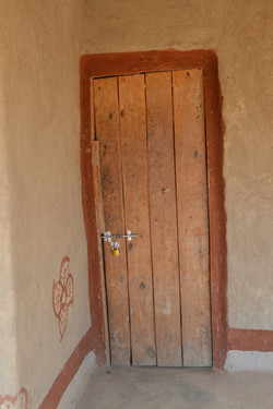 Kamangadazi, Nzimba (3).JPG