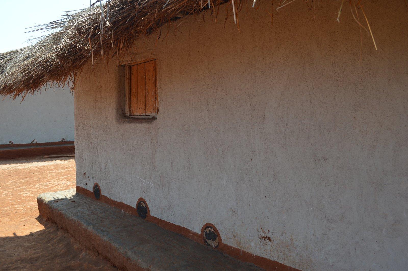 Gausi, Nzimba (4).JPG