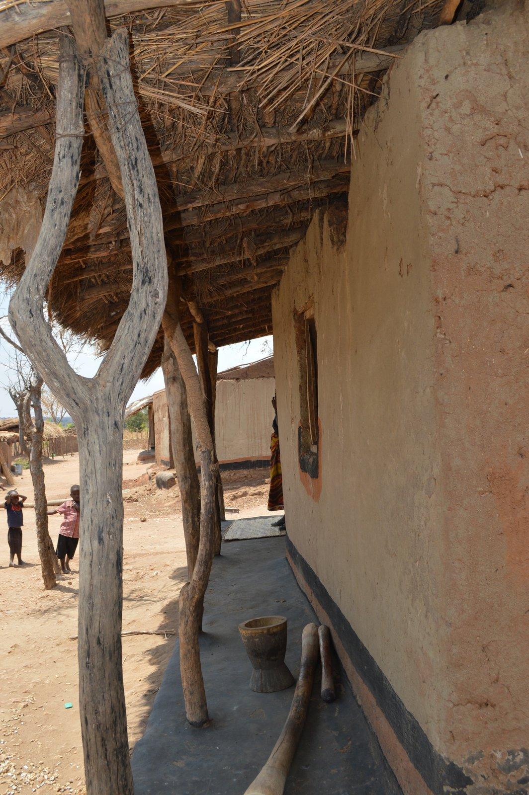 Kamangadazi, Nzimba (104).JPG