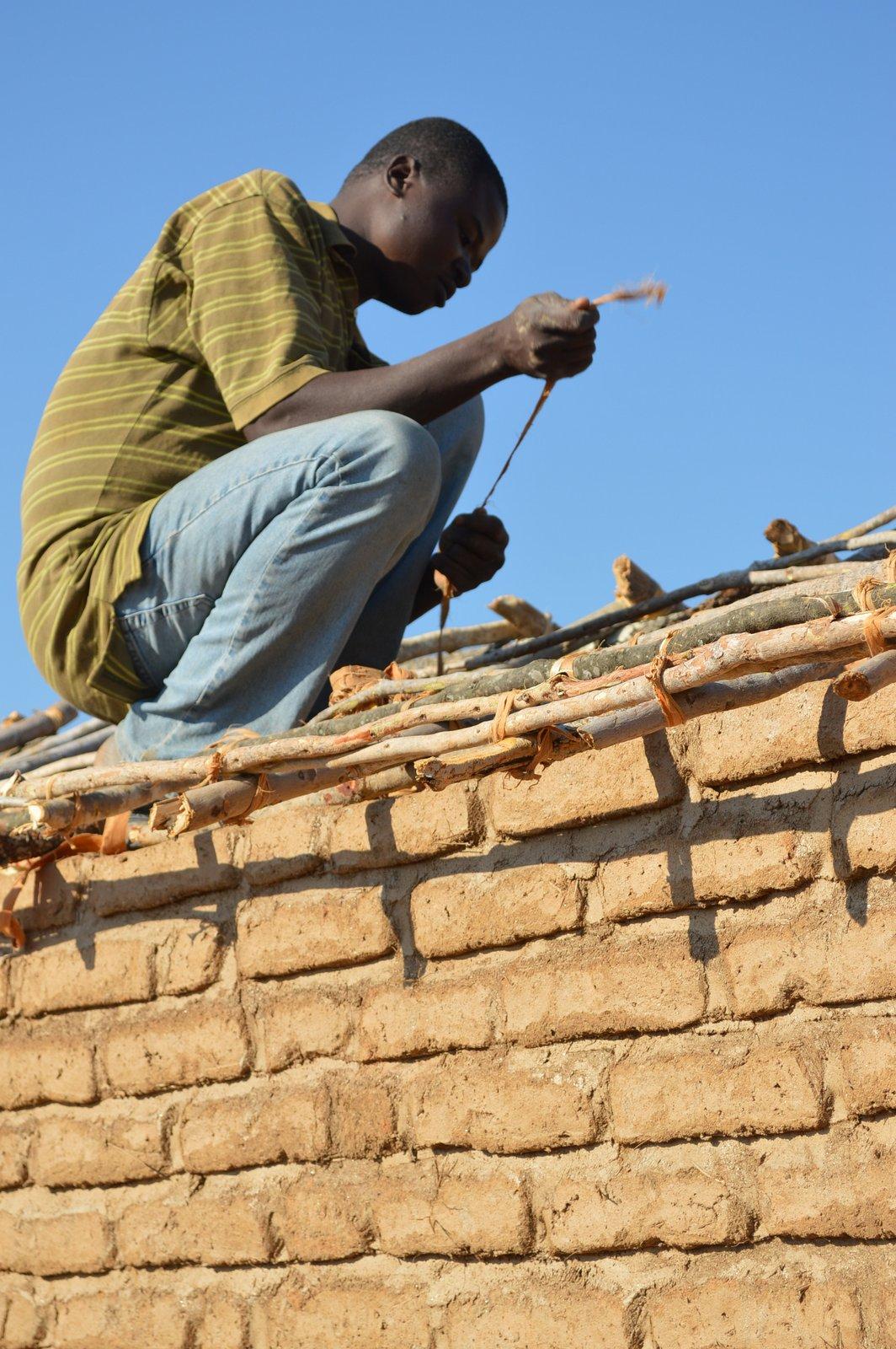 Mzikuwola, Nzimba (15).JPG