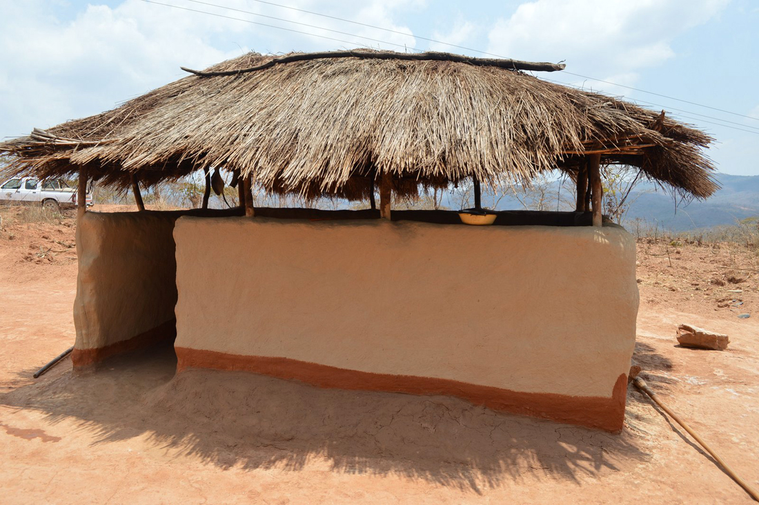 Kabomolo village www.malawiarchitecture.com.JPG