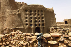 Mali Niongono village House of the head (patron) of one of the big families of N