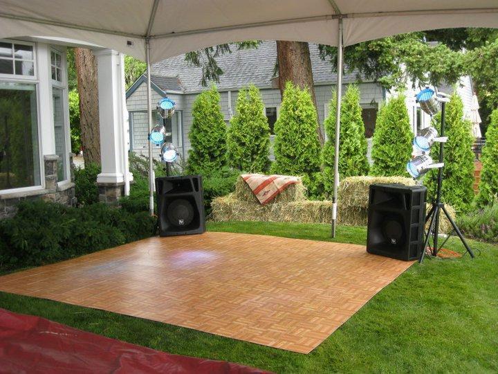 small-oak-dance-floor-on-grass