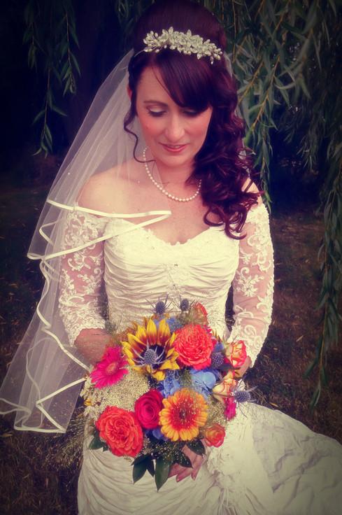 Engagement photography at Alswick Barn, Buntingford, Hertfordshire