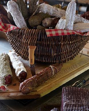 Charcuterie et jambons de Savoie - Megève - Epicerie des Fermes