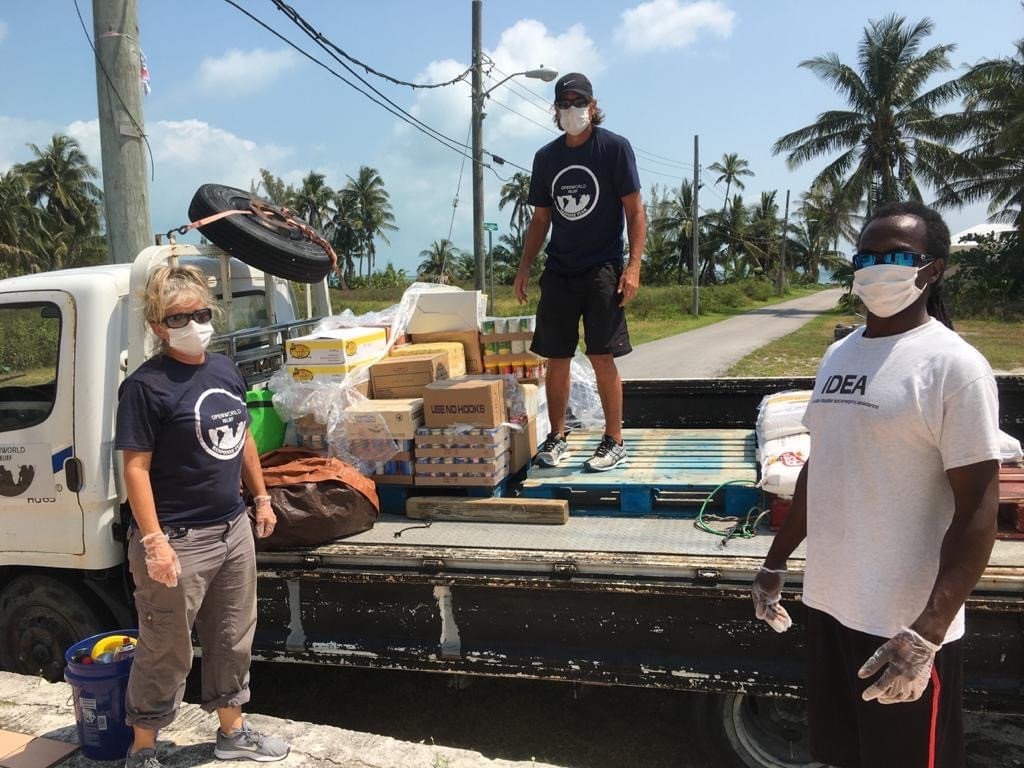 IDEA Relief distributing relief items in Abaco