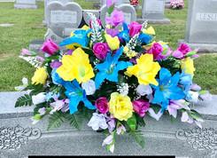 Grave Arrangement S23