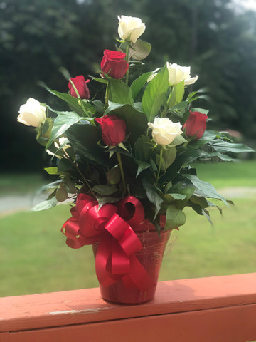 Peace Lily With Roses 07