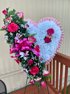 Heart S31(compliments Casket Spray 48)