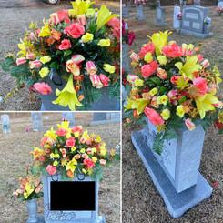 Grave Arrangement S36