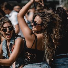 Festival_Girls.png