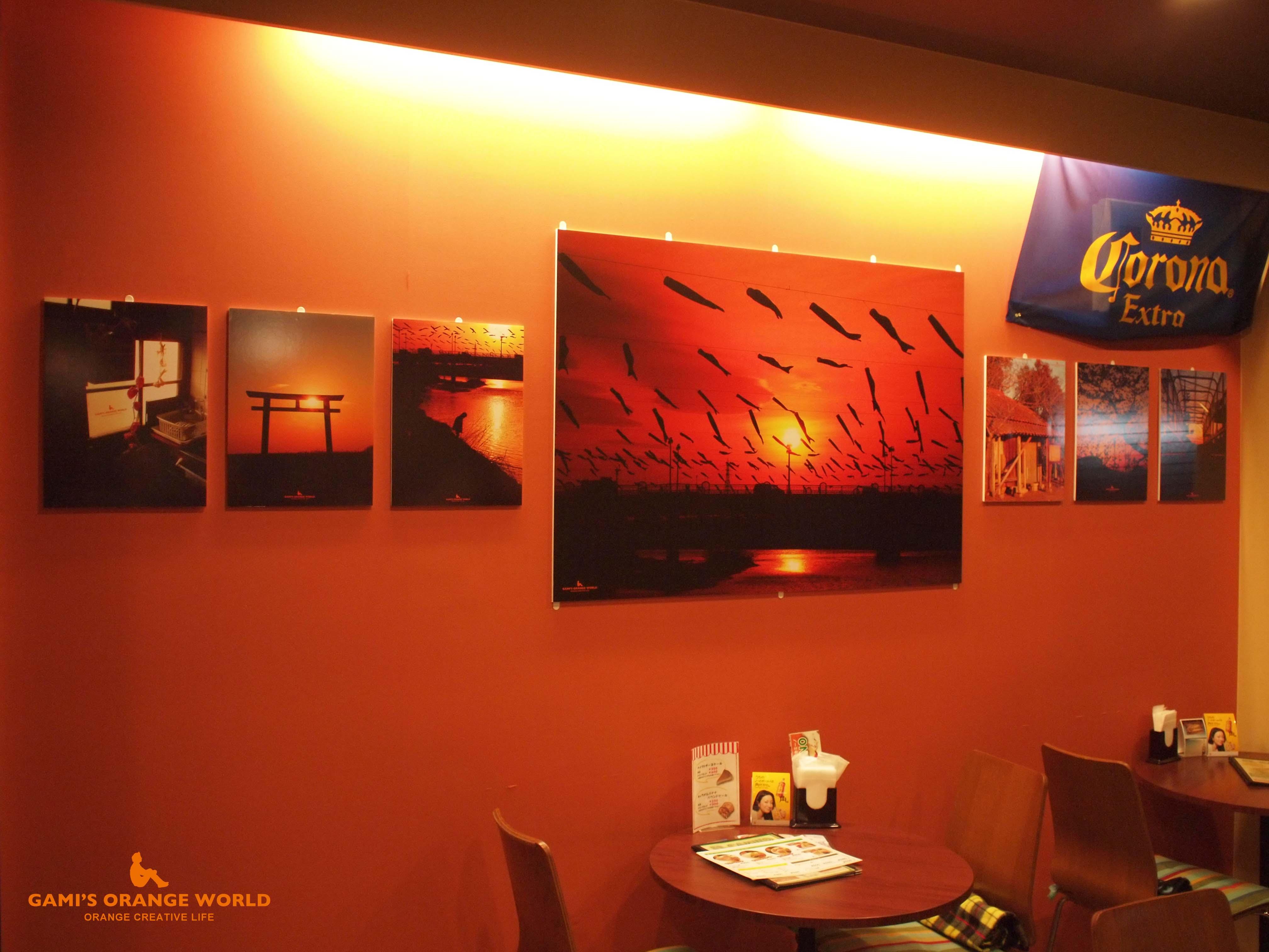 0580第三回オレンジの世界展展示写真3 のコピー.jpg