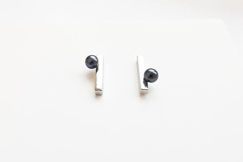 Little Dark Pearl Earrings