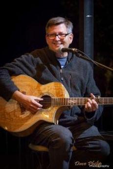 Durand-Robinson-singer-songwriter.jpg