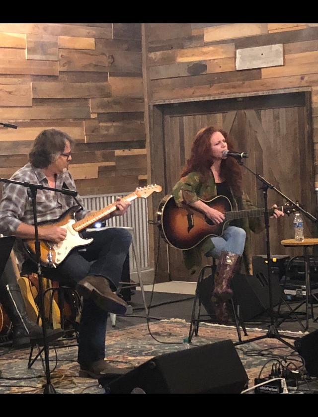 Amanda and Wally @ Miller Barn