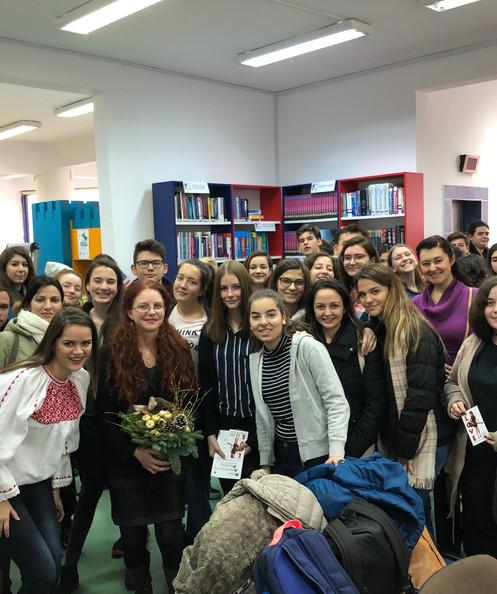Group photo at American Corner Cluj Napoca