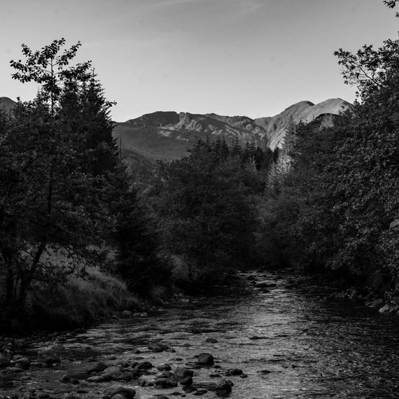 Highland glen.jpg