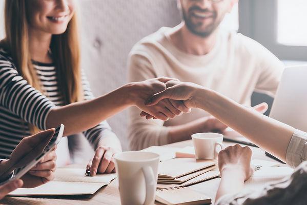 business-handshake-5QVHU3A.jpg