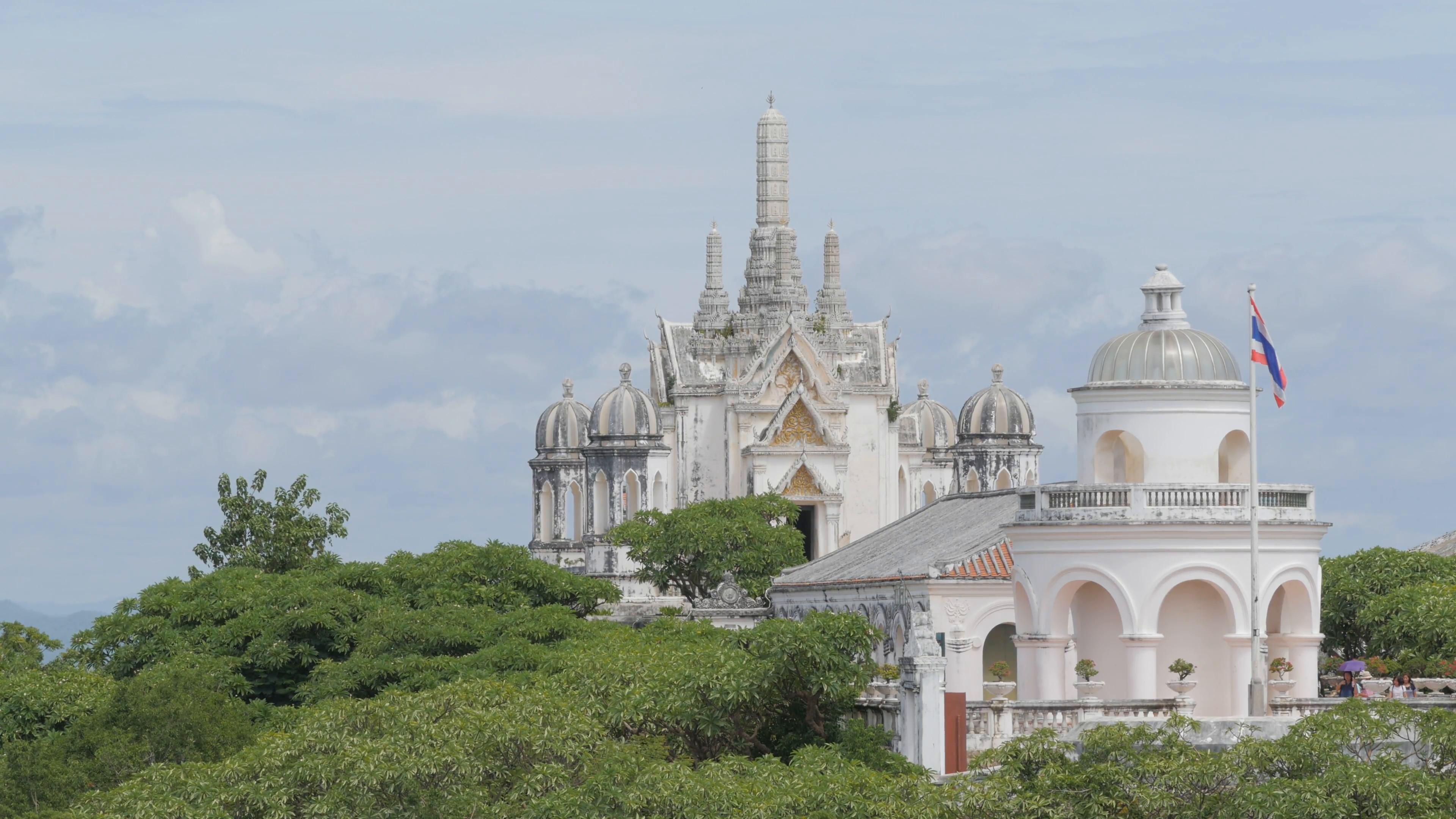 phra-nakhon-khiri-hilltop-palacepetchabu
