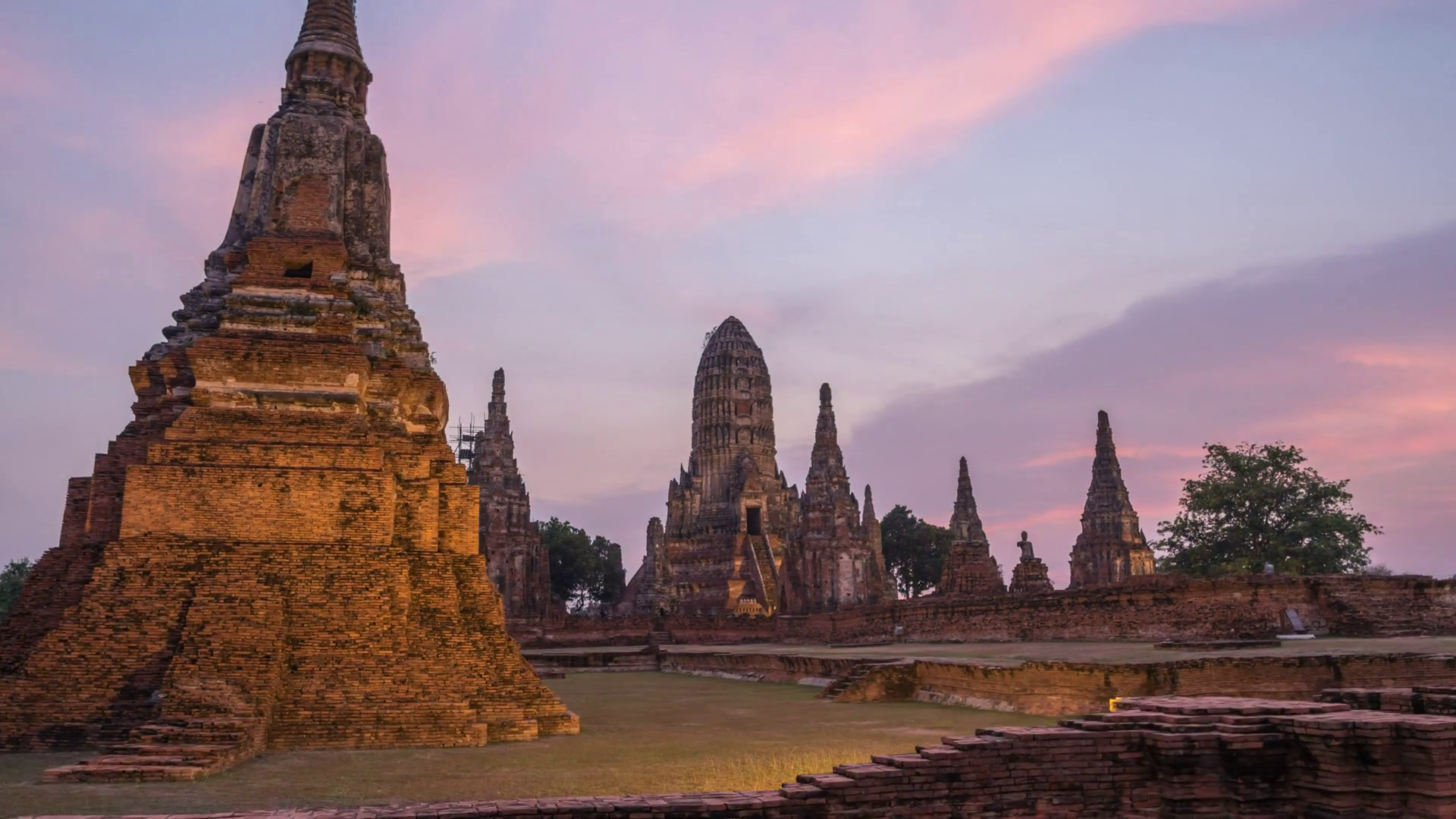 videoblocks-ayutthaya-historical-park-da