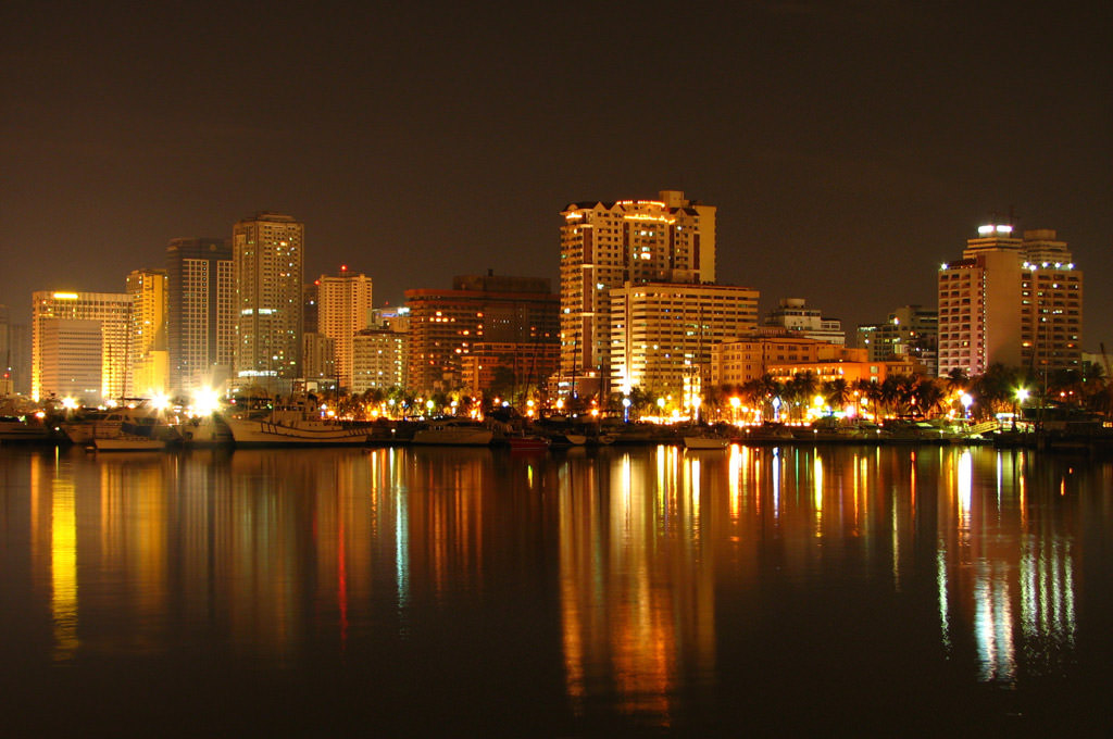 4EveningView-from-Manila-Bay