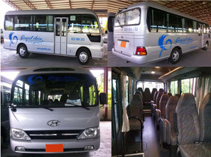2012 Hyundai County 20-seats edited.jpg