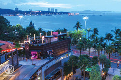 AK_ETOUR_Pattaya-Beach