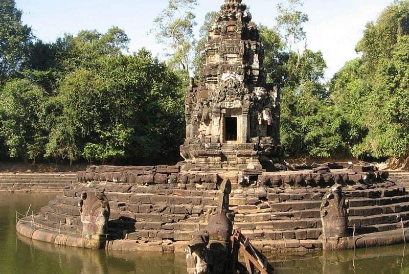 neak-pean-temple-guide-2