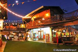 plearn-wan-vintage-village-1