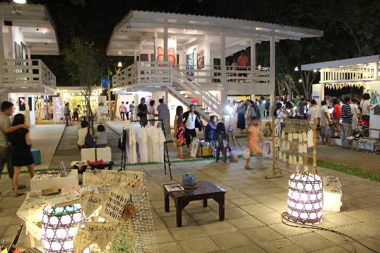 art-stalls