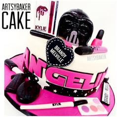 Kylie Makeup Kit Cake